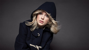 Taylor Swift Beautiful Singer Wallpaper